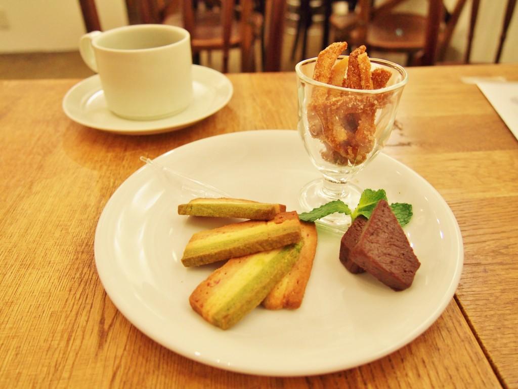▲イタリアフェアにちなんだ焼き菓子。イタリア国旗クッキーの緑は抹茶味。