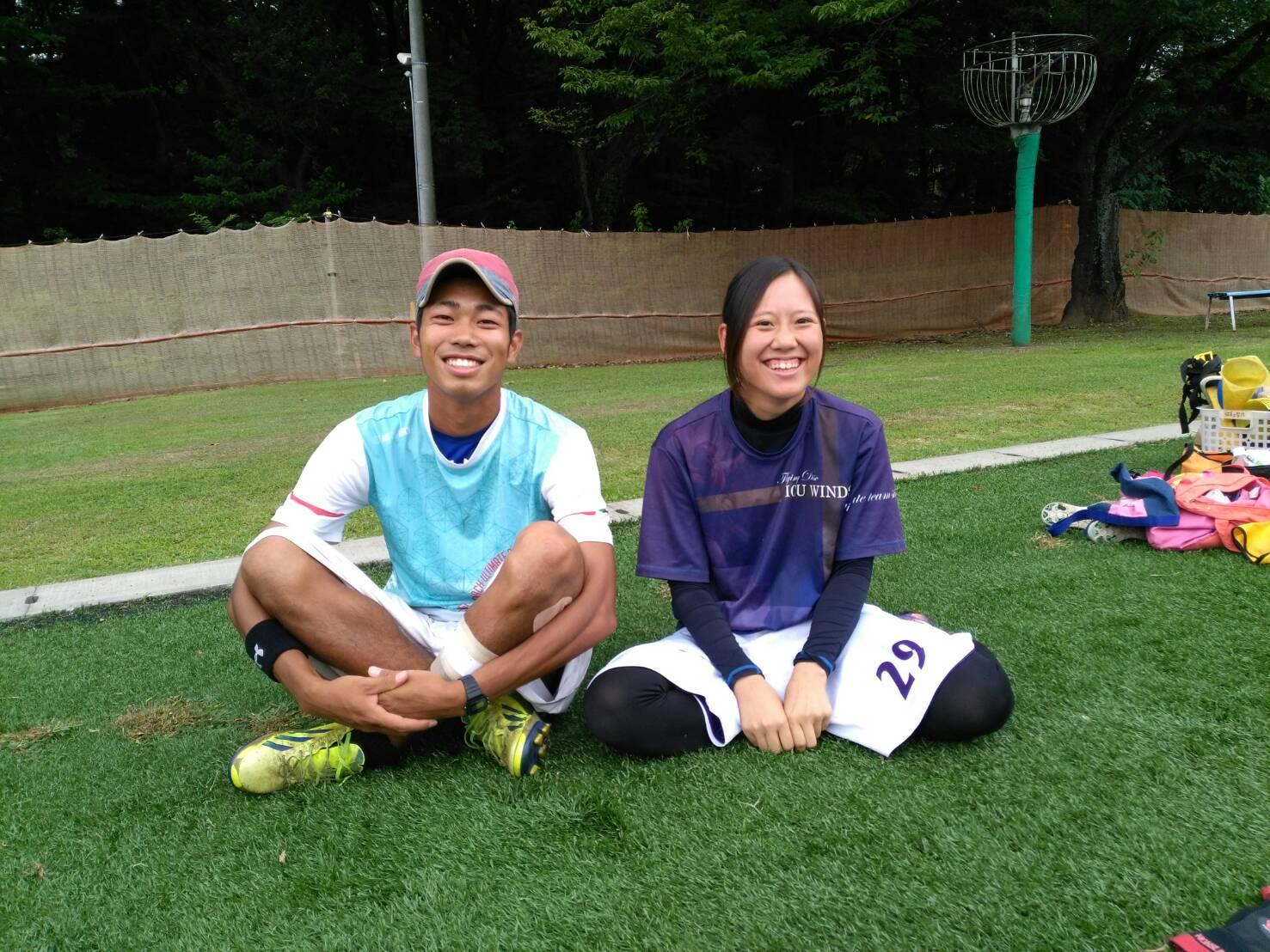 今回お話を伺ったICU WINDS の男子部の部長の中尾賢太郎さん(左)と女子部の部長の西矢奈々さん(右)